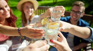 Deixar de fumar, manter-se socialmente ativo: como lidar com as tentações sociais